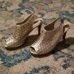Nine West Lattice Cage Peeptoe Pump Gold Heels
